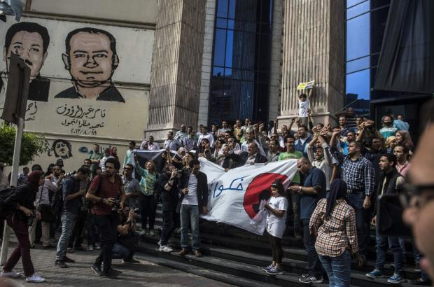 Egypt marks World Press Freedom Day by storming Journalists Syndic...