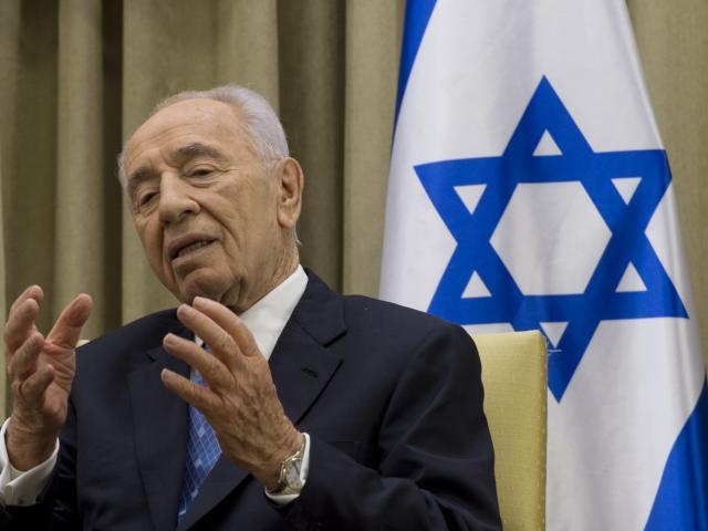 Former Israeli president and Nobel Peace Prize winne...
