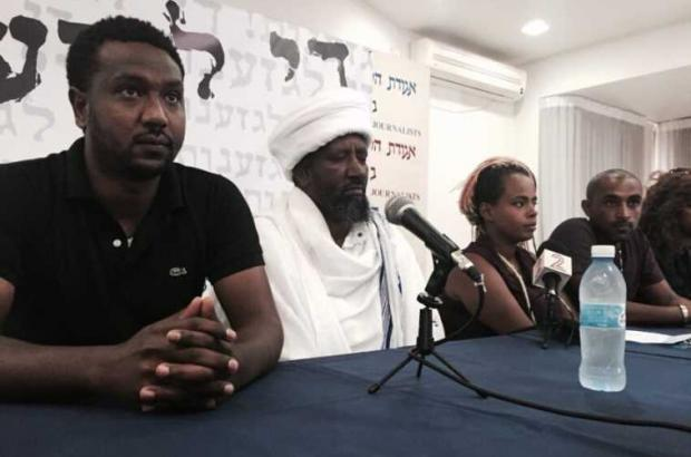 Israel Religious Service Ministry Gives 6-month Extension for Chief rabbi of Ethiopian community