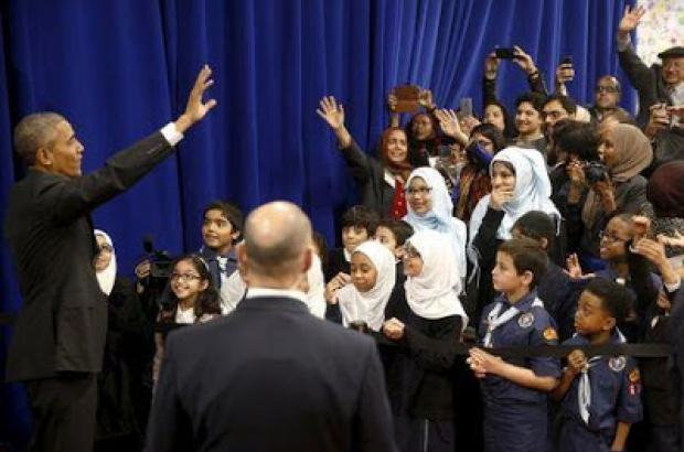 Obama tells U.S. Muslims: We are 'One American family'