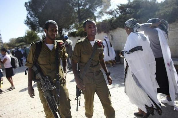 Study: Ethiopian Israeli soldiers more likely to commit suicide