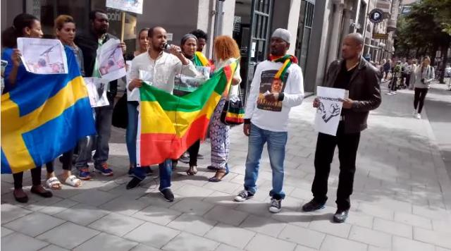 Ethiopians In Sweden, Stockholm Demonstrate Infront Of Ethiopian Embassy