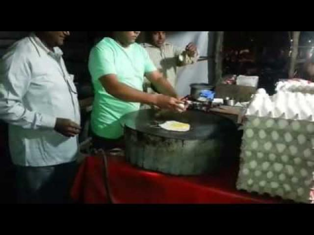 This is really funny watch the Chickens  coming out of eggs while cooking