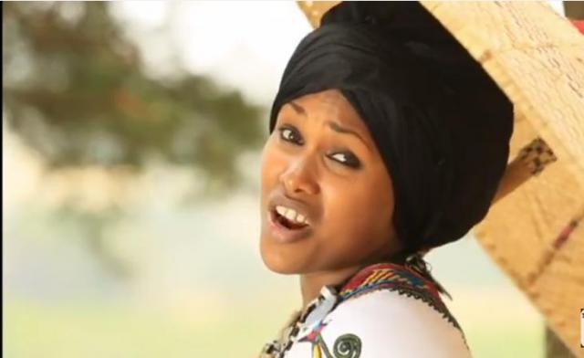 BanchiAmlak Getnet - Awalay (አዋላይ) New Ethiopian Music Video 2016