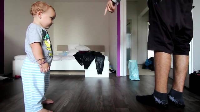 Baby vs Dad dancing competition