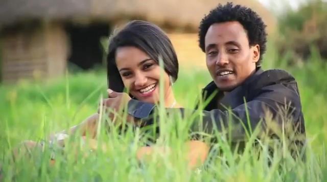 Zeynu Mahbub -  Mooti Durbaa - Ethiopian Afaan Oromoo Music Video 2015