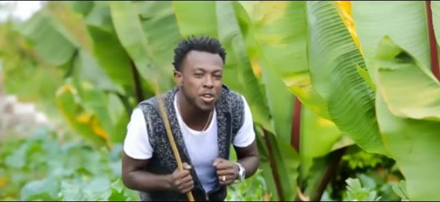 Ethiopia : Asgegnew Ashko /Asge/  - Bale Robe (ባሌ ሮቤ)  New Afaan Oromoo  Music Video 2016