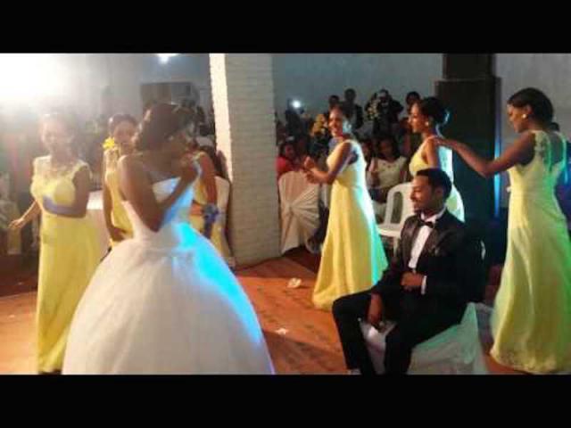 Best Ethiopian Bride singing for her husband - Redi vs BettyG