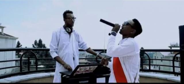 Neba Yo - Live with Dj Naol - Ethiopian Music