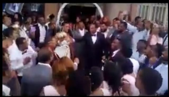 Funny Video - Groom entertaining the guests on his own wedding - Ethiopian Wedding