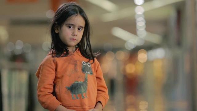 Would you stop if you saw this little girl on the street? | UNICEF
