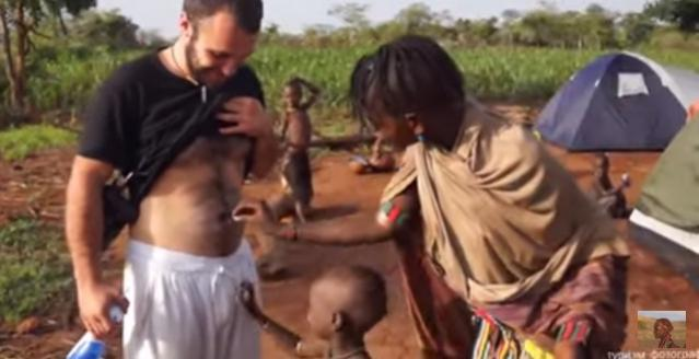 Hamar Woman touches a White Man for the First Time. Ethiopia [HD]