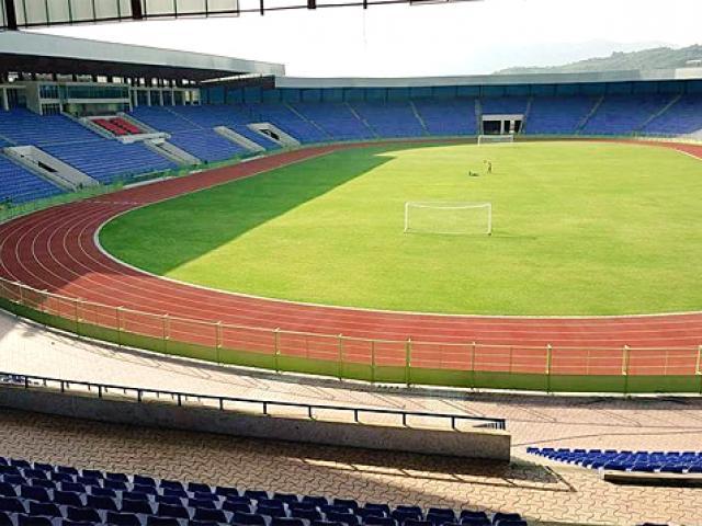 Ethiopia PM inaugurates Al Amoudi Stadium in Weldiya