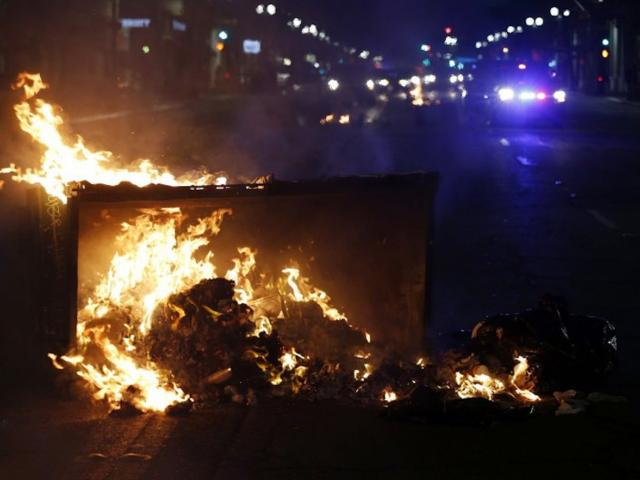 Rioting breaks out in the US in reaction to Donald Trump's shock victory