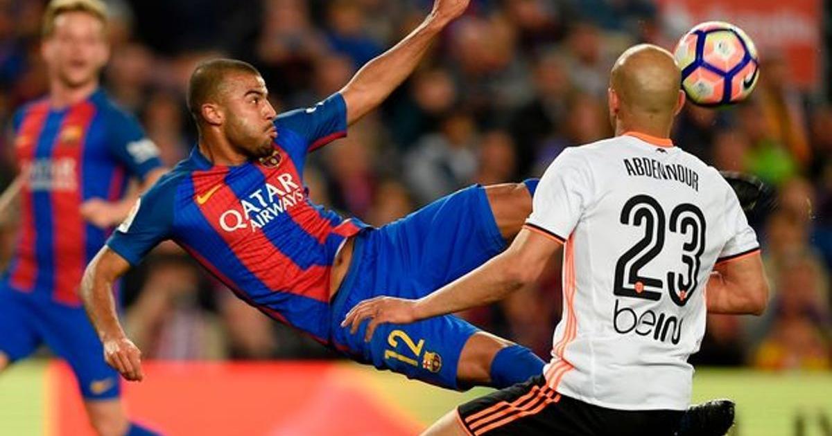 Barcelona Midfielder Rafinha Considers Offer to Join...