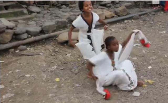 Watch Ethiopian Kids dancing amazing Ethiopian Traditional Dance