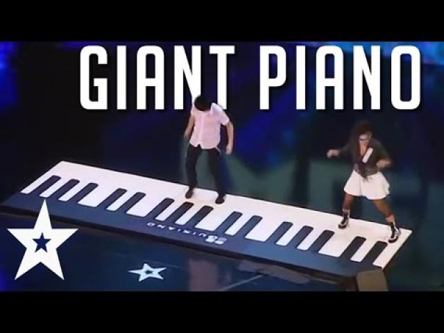 combine dance and piano with their huge performance