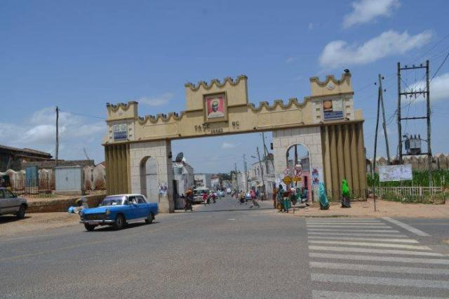 ETHIOPIA - The migrates of people crosing harar city increases years after years