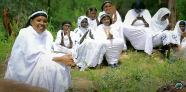 Emu Girma - Obboloo Seedoo - NEW! Oromo Traditional Music Video 2016