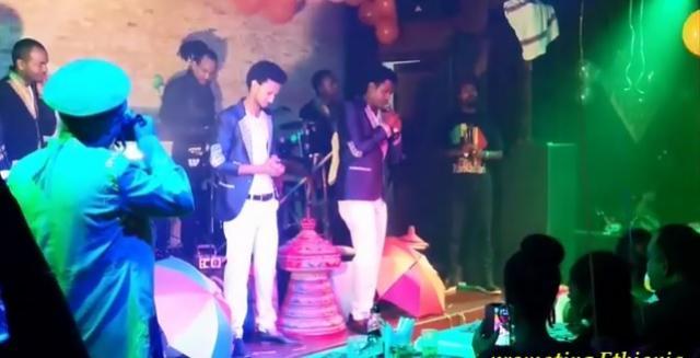 Ethiopia: Balageru Idol's Dawit Tsige and Esayas Tamrat on stage