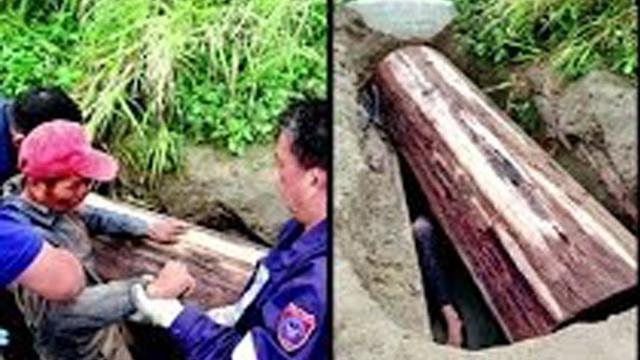 Man trapped in coffin for six days; Man robs own wife's grave to bring her home - Compilation