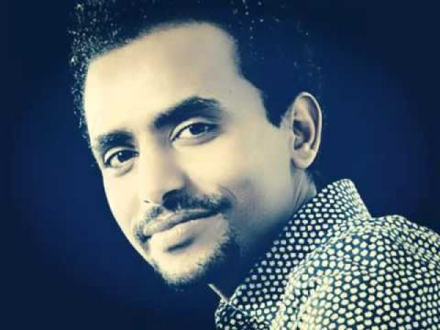 Dawit Tsige and Tinish Tilahun (Abinet Girma) - Live Performance