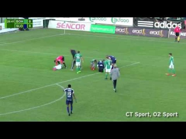 Hero footballer saves opposing goalkeeper's life by preventing him swallowing his tongue after