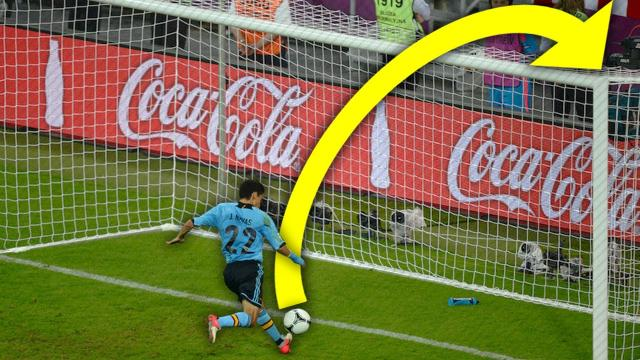 Top 10 Funny Worst Open Goal Misses