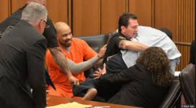 Father attacks daughter's killer in court: Ohio serial killer sentenced to death - TomoNews