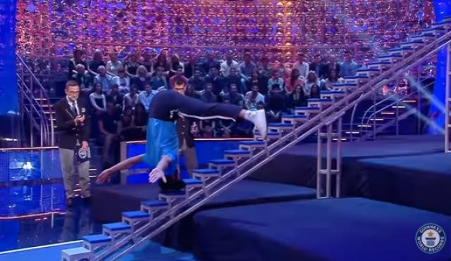 Climbing stairs on the head - Guinness World Records